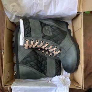 SOREL❤️Dark Slate Lexie Wedge Boot/NEWPIX📸NIB🏷 8